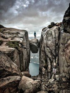 Me standing on Kjerag