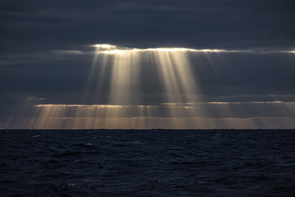 Light curtains over the sea